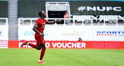 LIVERPOOL, ENGLAND - Sunday, July 26, 2020: Liverpool's Sadio Mané celebrates after scoring the third goal during the final match of the FA Premier League season between Newcastle United FC and Liverpool FC at St. James' Park. The game was played behind closed doors due to the UK government's social distancing laws during the Coronavirus COVID-19 Pandemic. Liverpool won 3-1 and finished the season as Champions on 99 points. (Pic by Propaganda)