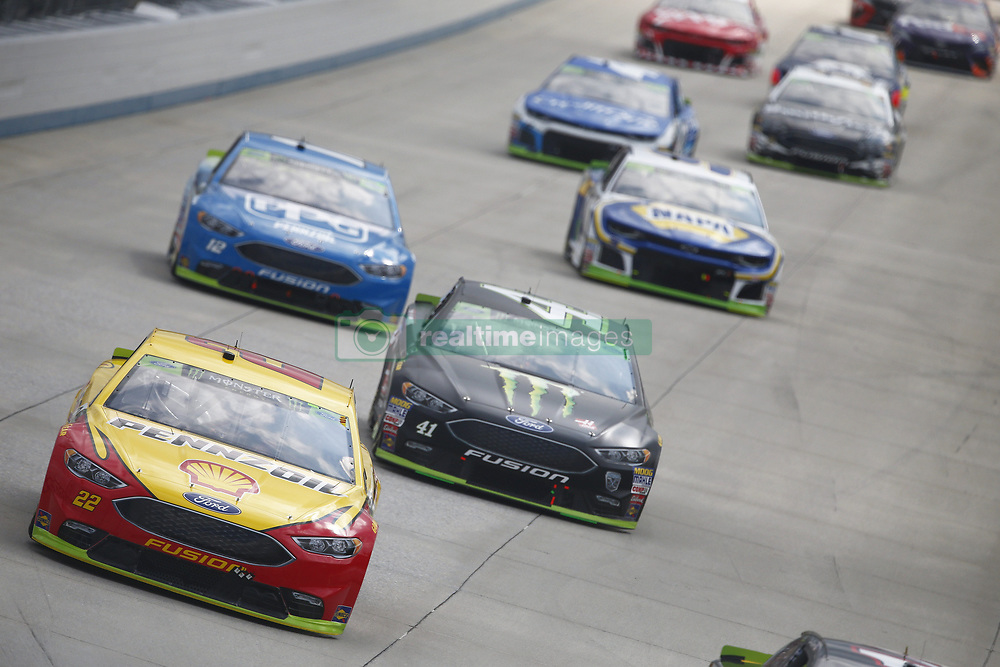 October 7, 2018 - Dover, Delaware, United States of America - Joey Logano (22) battles for position during the Gander Outdoors 400 at Dover International Speedway in Dover, Delaware. (Credit Image: © Justin R. Noe Asp Inc/ASP via ZUMA Wire)
