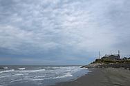 Vågorna i Berings hav eroderar kusten i Shishmaref så att hus fallit ned i havet. För att undvika ett fortsatt erodering har en vall av sten lagts på stranden. Alaska, USA<br /> <br /> Fotograf: Christina Sjögren<br /> <br /> Photographer: Christina Sjogren<br /> Copyright 2018, All Rights Reserved