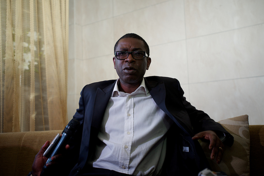 February 23, 2012 - Dakar, Senegal: Senegalese musician Yussou N'dour address journalists during a press conference at Dakar's Radisson hotel, minutes after the end of an official meeting with Olusegun Obasanjo, the former Nigerian president and current head of the African Union monitoring team for the upcoming presidential elections. Yussou N'dour claims irregularities in the decision that prevent him to run for the presidency in next Sunday's elections. (Paulo Nunes dos Santos/Polaris)