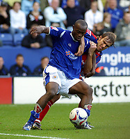 Photo: Dave Linney.<br />Leicester City v Crystal Palace. Coca Cola Championship. 21/10/2006C.rystal Palace's.Elvis Hammond(L) fends off the challenge from    Matthew Lawrence