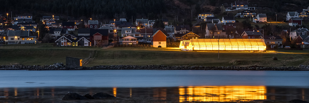 Kvalsund by night | Kveldsbilde av Kvalsund