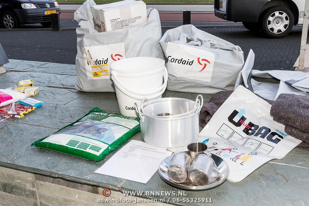 NLD/Hilversum/20181010 -  555 actiedag voor Sulawesi, Noodpakket, voedselpakket
