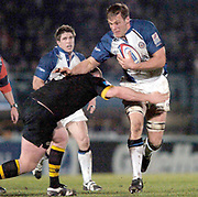 2004/05 Zurich Premiership, London Wasps vs Bath. Causeway Stadium, High Wycombe, ENGLAND:<br />Baths Andy Beattie is tackled by Tim Payne<br />Photo  Peter Spurrier. <br />email images@intersport-images
