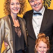 NLD/Scheveningen/20161030 - Premiere musical The Lion King, Caspar Bürgi en partner Barbara Sander en dochter Roque