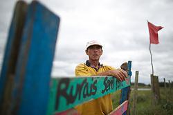 Elias Mota (54) acampado do MST - Movimento Sem Terra em área de Unidade Prisional, em Charqueadas.  FOTO: Jefferson Bernardes/Preview.com