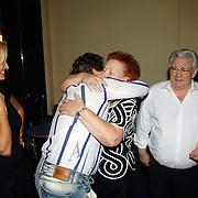 NLD/Hilversum/20061003 - 1e Tryout concert Rene Froger, Rene met vader Jan en moeder Mien