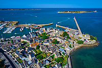 France, Manche (50), Cotentin, Saint-Vaast-la-Hougue, la ville et le port // France, Normandy, Manche department, Cotentin, Saint-Vaast-la-Hougue, the city and the port