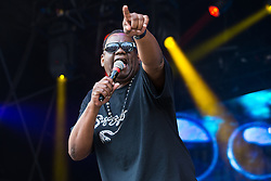 © Licensed to London News Pictures . 08/08/2015 . Siddington , UK . The Sugar Hill Gang perform . The Rewind Festival of 1980s music , fashion and culture at Capesthorne Hall in Macclesfield . Photo credit: Joel Goodman/LNP