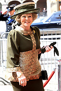 State visit of the Swedish king Carl XVI Gustaf and queen Silvia van Zweden to the Netherlands.<br /> <br /> On the Photo Queen Beatrix arrives for a Goverment Lunch at theTrêveszaal.