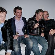 NLD/Hoofddorp/20120320 - Lancering Video on Demand, Kasper van Kooten en Danny de Munk kijken de huispremiere met SBS versaggeefster Janine Schuinder