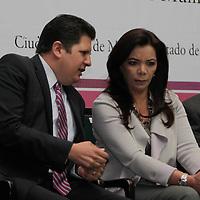 Metepec, México.- Carolina Monroy del Mazo, alcaldesa de Metepec y David López Cárdenas, diputado local  durante la inauguración de los trabajos del Foro de Consulta Ciudadana para la integración del Plan de Desarrollo 2013-2015.  Agencia MVT / Crisanta Espinosa