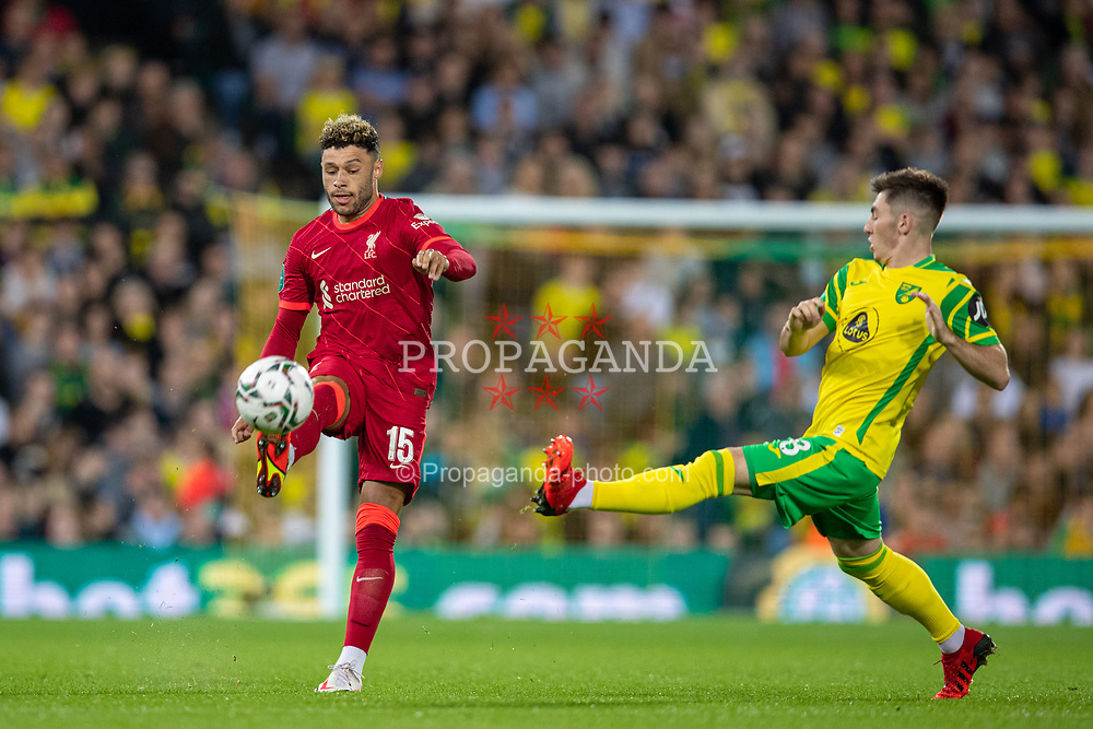 NORWICH, ENGLAND - Tuesday, September 21, 2021: Liverpool's Alex Oxlade-Chamberlain during the Football League Cup 3rd Round match between Norwich City FC and Liverpool FC at Carrow Road. Liverpool won 3-0. (Pic by David Rawcliffe/Propaganda)