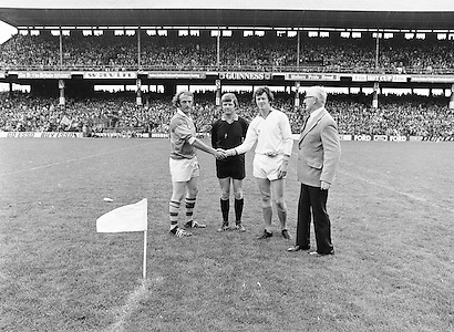 Team captains shake hands before the start of the All Ireland Senior Gaelic Football Semi Final Replay Roscommon v Armagh in Croke Park on the 28th August 1977. Armagh 0-15 Roscommon 0-14.