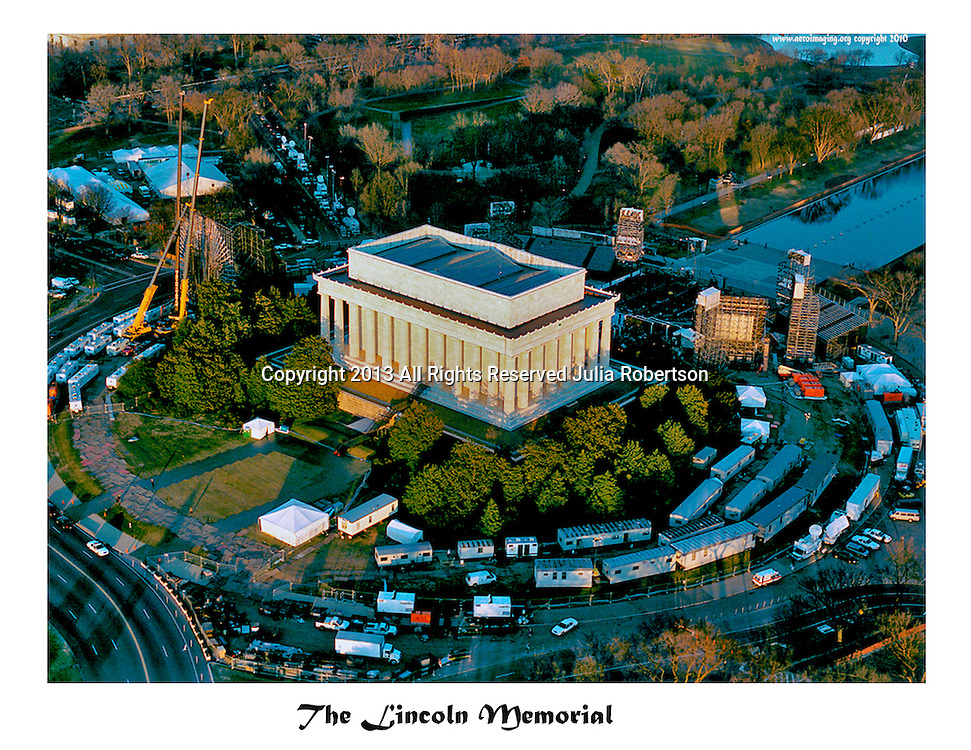 Aerial view of Lincoln Memorial during the eve of the Millenium celebration in out Nations Capitol