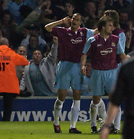 Fotball<br /> England 2004/2005<br /> Foto: SBI/Digitalsport<br /> NORWAY ONLY<br /> <br /> Ipswich Town v West Ham United<br /> The Coca Cola Championship. Play Off Semi Final Second Leg.<br /> 18/05/2005<br /> <br /> West Ham's Bobby Zamora celebrates his goal.
