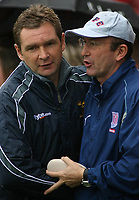 Photo: Paul Thomas.<br /> Stoke City v Norwich City. Coca Cola Championship. 28/10/2006.<br /> <br /> Both manager before the match, Peter Grant (L) Norwich, Tony Pulis of Stoke.