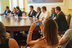 Porto Alegre, RS 11/12/2018: Na manhã desta terça-feira (11), durante evento no Salão Nobre do Paço Municipal, <br /> as startups pré-selecionadas no edital de chamamento público do programa Start.edu mostraram suas soluções para a área da educação. <br /> O pitch (apresentação rápida) do Start.edu foi aberto pelo prefeito Nelson Marchezan Júnior e pelo secretário de Educação, Adriano Naves de Brito. <br /> Também participaram da cerimônia, o vice-prefeito, Gustavo Paim, os vereadores Valter Nagelstein e Moises Barboza (Líder do Governo na Câmara), <br /> além de  representantes da Aliança para a Inovação em Porto Alegre, parceira do Start.edu. <br /> Foto: Jefferson Bernardes/PMPA