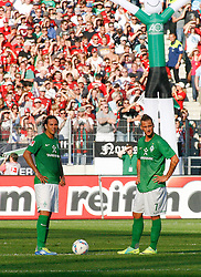02.10.2011, AWD-Arena, Hannover, GER, 1.FBL, Hannover 96 vs Werder Bremen, im Bild Claudio Pizarro (Bremen #24) und  Marko Arnautovic (Bremen #7) .// during the match from GER, 1.FBL, Hannover 96 vs Werder Bremend on 2011/10/02, AWD-Arena, Hannover, Germany. .EXPA Pictures © 2011, PhotoCredit: EXPA/ nph/  Schrader       ****** out of GER / CRO  / BEL ******