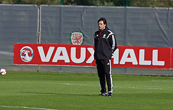 NEWPORT, WALES - Wednesday, October 8, 2014: Wales' manager Chris Coleman training at Dragon Park National Football Development Centre ahead of the UEFA Euro 2016 qualifying match against Bosnia and Herzegovina. (Pic by David Rawcliffe/Propaganda)