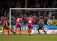 Photo: Matt Bright/Sportsbeat Images.<br /> Swindon Town v Swansea City. Coca Cola League 1. 01/01/2008.<br /> Simon Cox scores a late equaliser for Swindon from the penalty spot