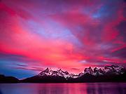 Dawn, Cuernos del Paine, Parque Nacional Torres del Paine, Patagonia, Chile.