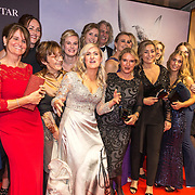 NLD/Amsterdam/20191008 - Premiere Whitestar met Britt Dekker, Britt Dekker en haar paarden vriendinnen