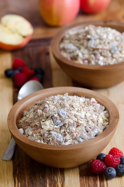 Healthy muesli with fresh fruits and nuts
