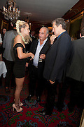 ALICE DELLAL; SIR PHILIP GREEN; MARIO TESTINO, Dinner hosted by Elizabeth Saltzman for Mario Testino and Kate Moss. Mark's Club. London. 5 June 2010. -DO NOT ARCHIVE-© Copyright Photograph by Dafydd Jones. 248 Clapham Rd. London SW9 0PZ. Tel 0207 820 0771. www.dafjones.com.