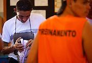 Nova Serrana_MG, Brasil...Industria de calcados da cidade de Nova Serrana, Minas Gerais. Na foto, producao de tenis...The footwear industry in Nova Serrana, Minas Gerais. In this photo, the sneakers production...Foto: BRUNO MAGALHAES / NITRO