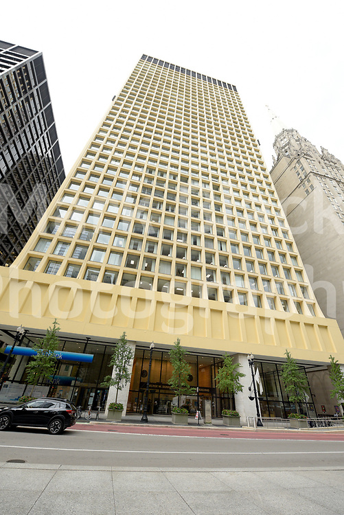 The George W. Dunne Cook County Office Building at 69 West Washington in Chicago, IL.<br /> Photo by Mark Black