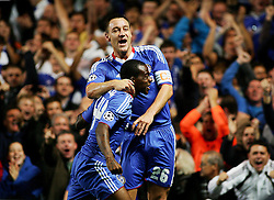 28.09.2010, Stamford Bridge, London, ENG, UEFA Champions League, Chelsea vs Olympique Marseille, im Bild Chelsea's John Terry celebrates Chelsea's opener with Gael Kakuta. EXPA Pictures © 2010, PhotoCredit: EXPA/ IPS/ Mark Greenwood +++++ ATTENTION - OUT OF ENGLAND/UK +++++ / SPORTIDA PHOTO AGENCY