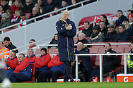 Arsene Wenger, the Arsenal manager giving the thumbs up  from the touchline. The Emirates FA cup, 4th round match, Arsenal v Burnley at the Emirates Stadium in London on Saturday 30th January 2016.<br /> pic by John Patrick Fletcher, Andrew Orchard sports photography.