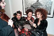 JENNY ROSE; PALOMA FAITH; LULU GUINNESS; HELENA BONHAM-CARTER; , Lulu Guinness And Rob Ryan Fan Bag - Launch Party. Air Gallery. London. 10 November 2010.  -DO NOT ARCHIVE-© Copyright Photograph by Dafydd Jones. 248 Clapham Rd. London SW9 0PZ. Tel 0207 820 0771. www.dafjones.com.