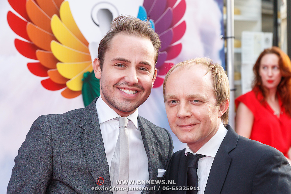 NLD/Amsterdam/20150629 - Uitreiking Rainbow Awards 2015, Derek Ogilvie en partner