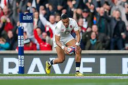 England Winger Anthony Watson scores a try - Mandatory byline: Rogan Thomson/JMP - 12/03/2016 - RUGBY UNION - Twickenham Stadium - London, England - England v Wales - RBS 6 Nations 2016.