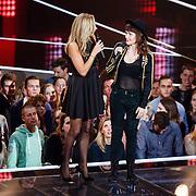 NLD/Hilversum/20151218 - The Voice of Holland 2015 - 3de liveshow, Wendy van Dijk en Jennie Lena