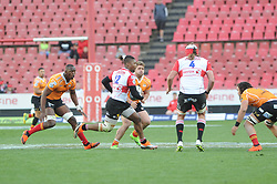 Johannesburg 08-09-18 1st half. Howard Mnisi runs the ball in the Cheetahs half. Rugby Currie Cup match between the Xerox Golden Lions vs Toyota Free State Cheetahs at Emirates Airline Park. Picture: Karen Sandison/African News Agency(ANA)