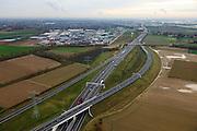 Nederland, Limburg, Gemeente Maasbracht, 15-11-2010; Knooppunt Het Vonderen, splitsing A2 (naar links) en A73, gezien in zuidelijke richting. Junction Het Vonderen..luchtfoto (toeslag), aerial photo (additional fee required).copyright foto/photo Siebe Swart