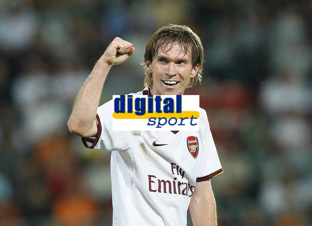 Photo: AF Wrofoto/Sportsbeat Images.<br />Sparta Prague v Arsenal. UEFA Champions League Qualifying. 15/08/2007.<br />Alexander Hleb of Arsenal celebrates his goal