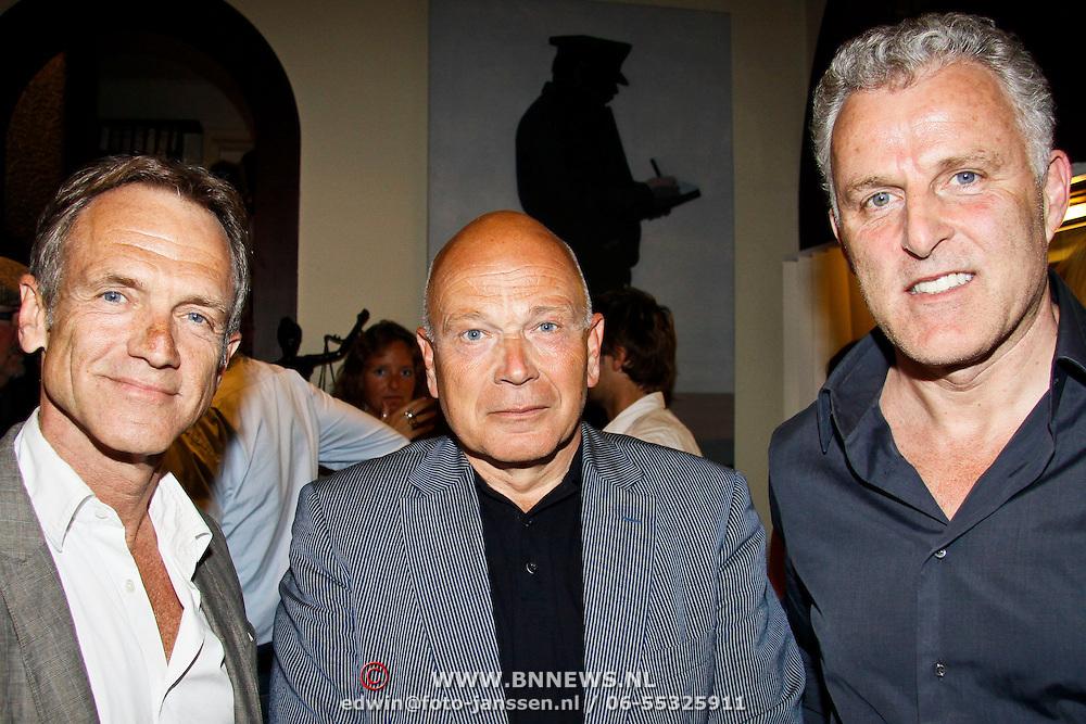 NLD/Amsterdam/20100429 - Boekpresentatie De praktijk van Plasman door Peter R. de Vries, Jaap Jongbloed