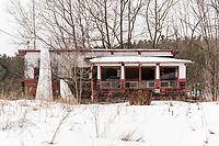 https://Duncan.co/abandoned-cottage