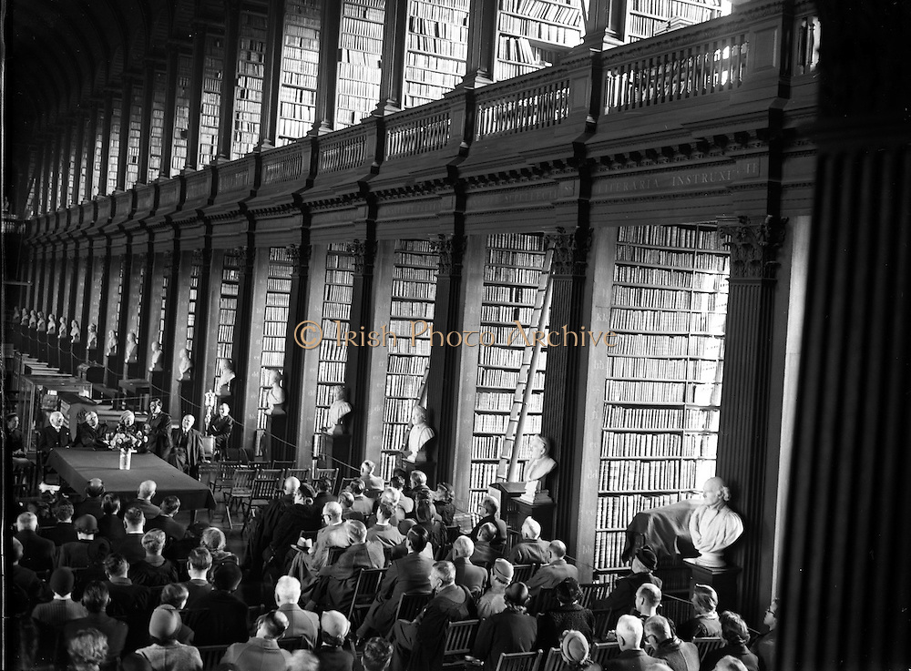 """04/11/1953<br /> 11/04/1953<br /> 04 November 1953<br /> Exhibition of """"Robert Emmet and his times"""" at the Library, Trinity College Dublin."""