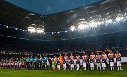 12.05.2010, Hamburg Arena, Hamburg, GER, UEFA Europa League Finale, Atletico Madrid vs Fulham FC im Bild die Mannschaften vor dem Spiel, EXPA Pictures © 2010, PhotoCredit: EXPA/ J. Feichter / SPORTIDA PHOTO AGENCY