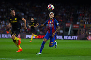 Neymar Jr to control the ball during the La Liga match between Barcelona and Atletico Madrid at Camp Nou, Barcelona, Spain on 21 September 2016. Photo by Eric Alonso.
