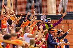 11-04-2019 NED: Netherlands - Slovenia, Almere<br /> Third match 2020 men European Championship Qualifiers in Topsportcentrum in Almere. Slovenia win 26-27 / Dutch support Orange