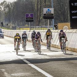 04-04-2021: Wielrennen: Ronde van Vlaanderen (Vrouwen): Oudenaarde