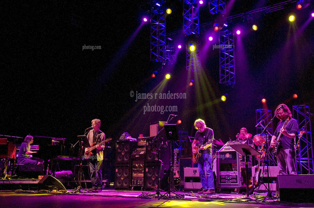 Furthur Band in Concert at the Oakdale Theater, Wallingford CT on 8 March 2011