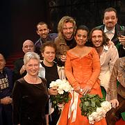 NLD/Utrecht/20051103 - Premiere Jesus Christ Superstar, cast en Maria van der Hoeven en Medy van der Laan