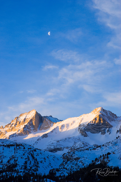 Morning light on Bear Creek Spire, Inyo National Forest, Sierra Nevada Mountains, California